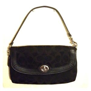 COACH Mini Purse/Wristlet. GREAT CONDITION!